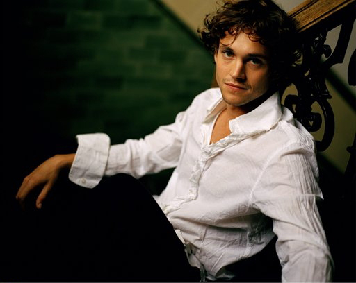 Hugh Dancy2.jpg